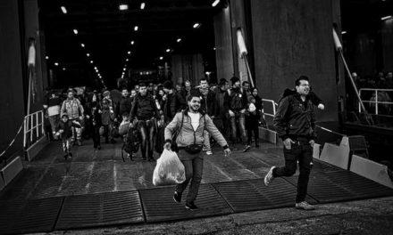 """FRANCE INTER — Pour beaucoup de migrants, """"le seul moyen de survivre est d'être exploité"""""""