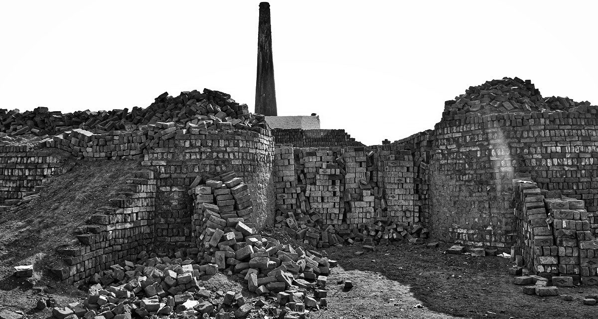 PAKISTAN — SLAVERY — Brick kiln workers and the debt trap