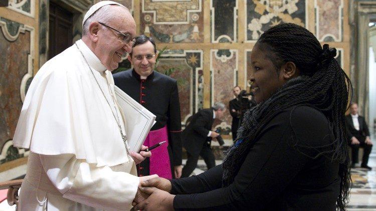 VATICAN NEWS – 30/07/18 La lutte contre la traite humaine, un combat du Pape François / The fight against human trafficking, a struggle of Pope Francis