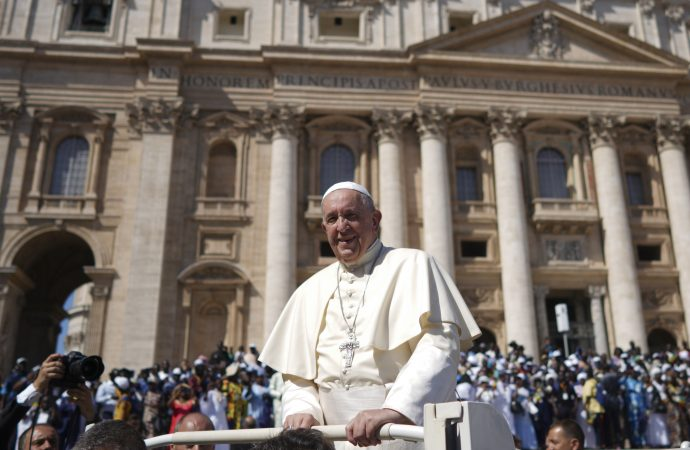 Pope to launch global educational pact next year