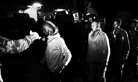 """FRANCE INFO – Trafic de migrants : """"La traite des humains générerait à l'échelle mondiale un profit de près de 32 milliards de dollars par an"""""""